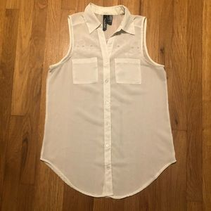 White sheer skull sleeveless top sz M
